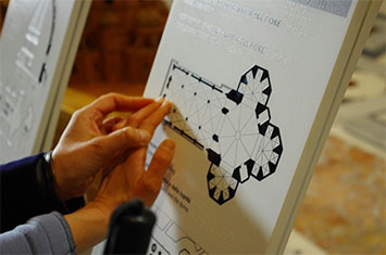 Reading a map of the Florence Duomo in Braille